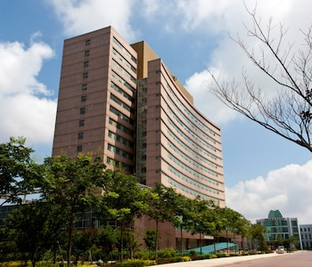 Picture of Celebrity Qingdao Hotel in Qingdao