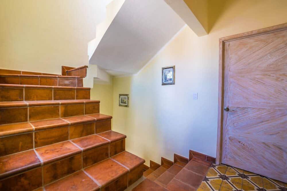 Domek, 5 ložnic - Obývací prostor