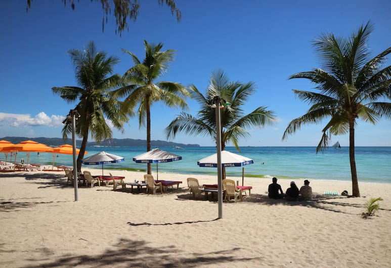 Boracay Peninsula Resort, Boracay Island, Pludmale