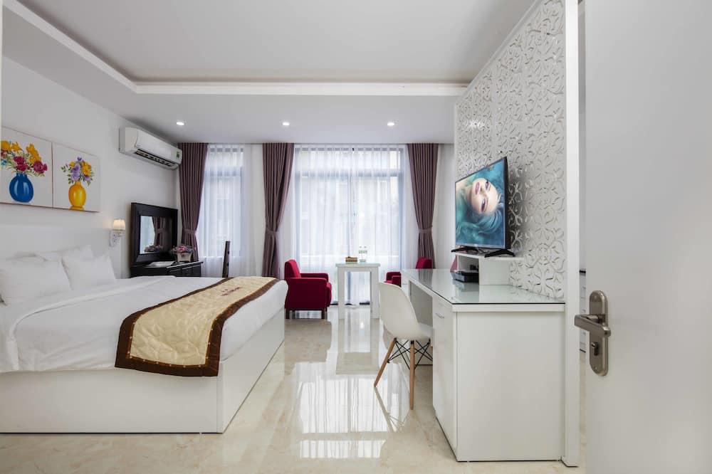 Panoramic-Suite, 1 Schlafzimmer, Nichtraucher, Stadtblick - Wohnzimmer