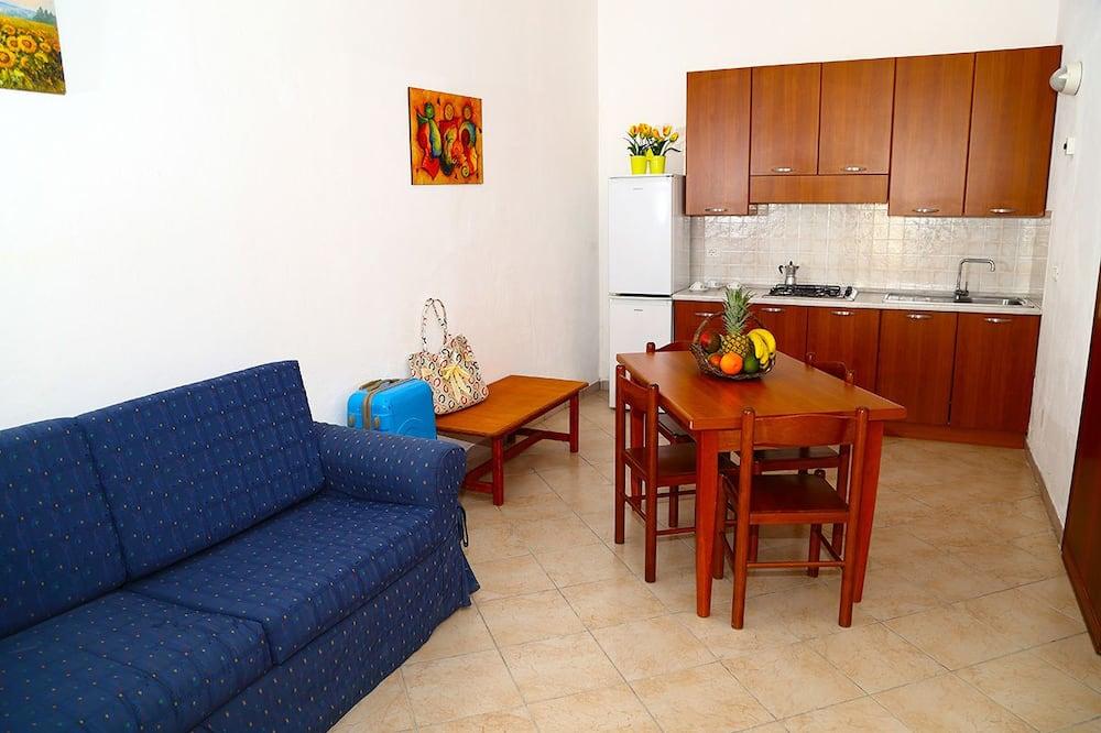 Studio (2 pax) - Living Room