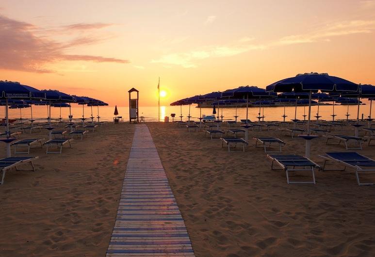 Villaggio Gargano, Vieste, Beach