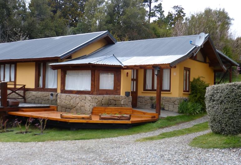 Tierra Sureña, San Carlos de Bariloche, Exterior