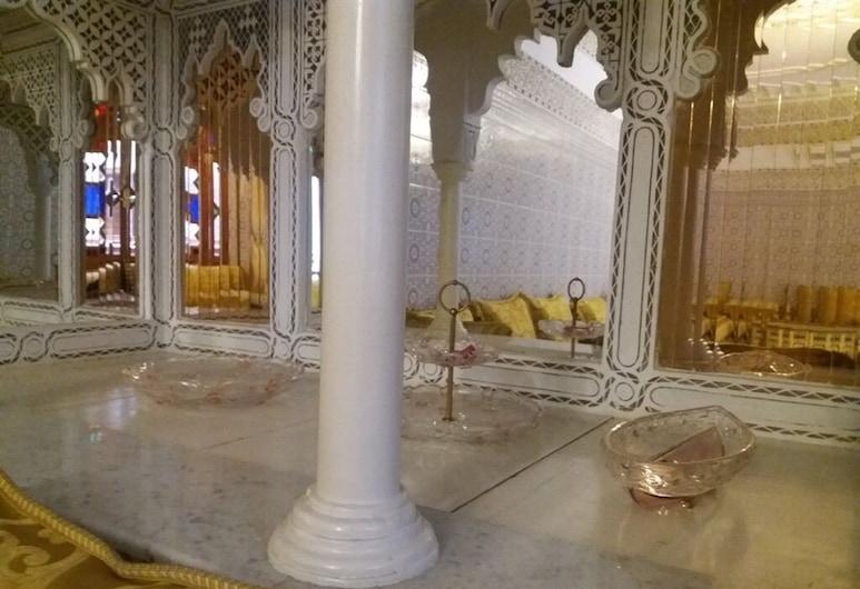 Riad Oum Ellkhir, Marrakech, Viešbučio laukiamasis