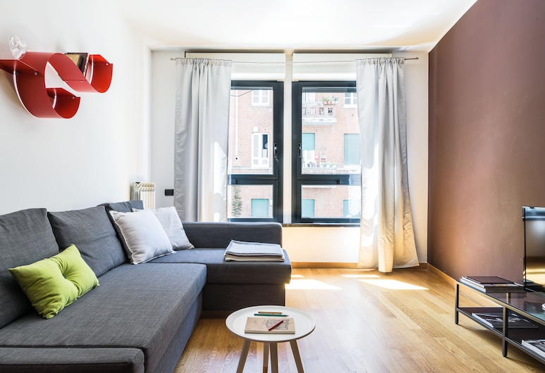 Home At Hotel - Naviglio Pavese, Milan, Apartment, 1 Bedroom, Living Room