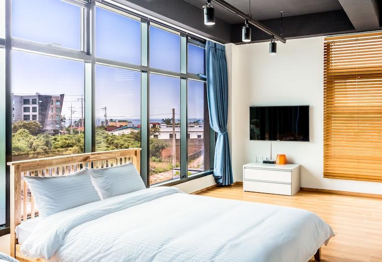 阿曼托夫養老飯店, 西歸浦, 高級雙床房, 客房