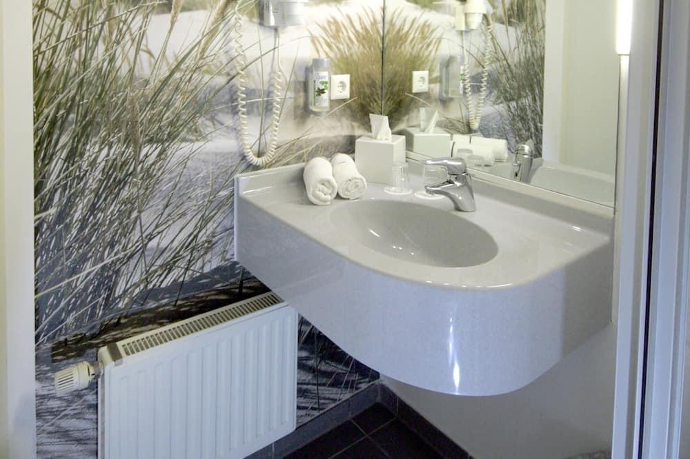 Comfort Double Room, Smoking - Bathroom