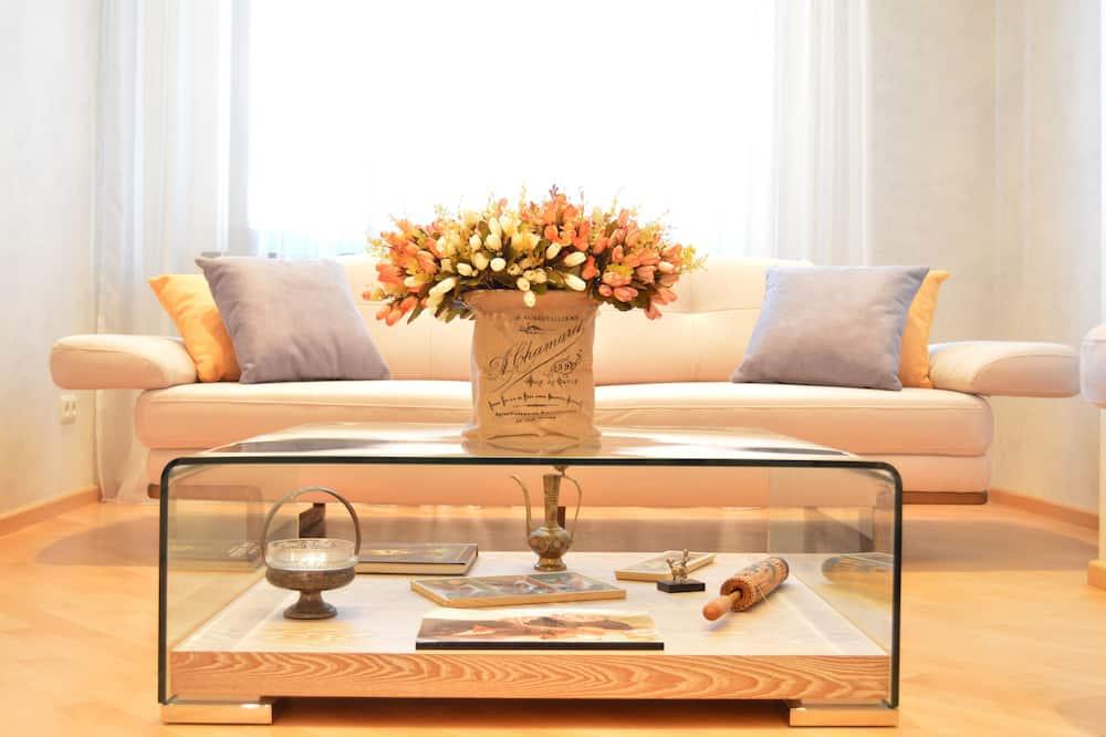 Family Studio Suite, Balcony - Living Area
