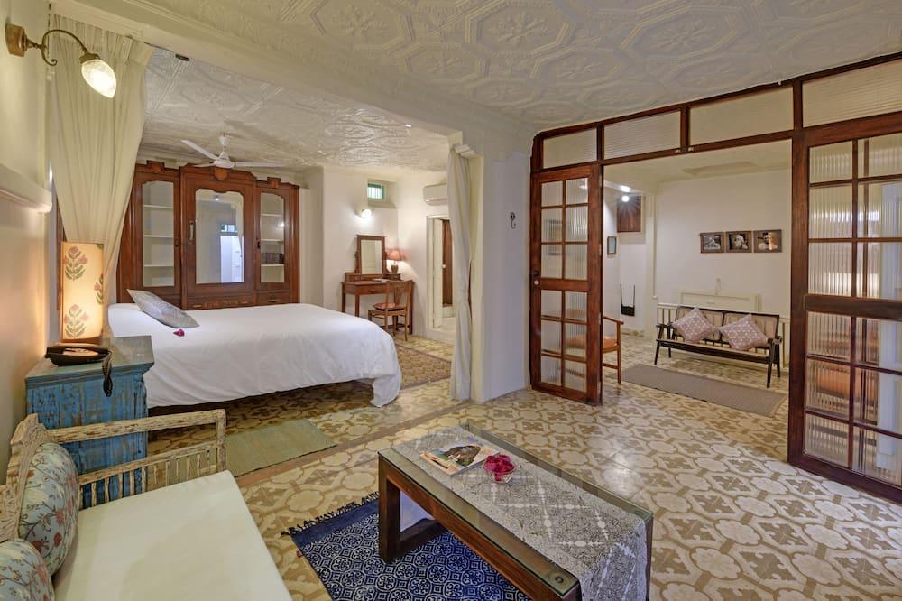 Deluxe-Suite, 1King-Bett, Stadtblick - Zimmer