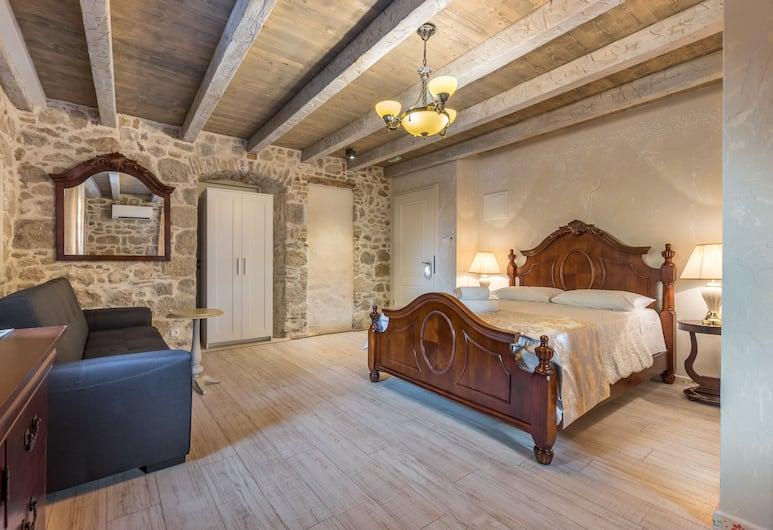 Heritage Palace Varos, Split, Deluxe Queen Room, Gjesterom