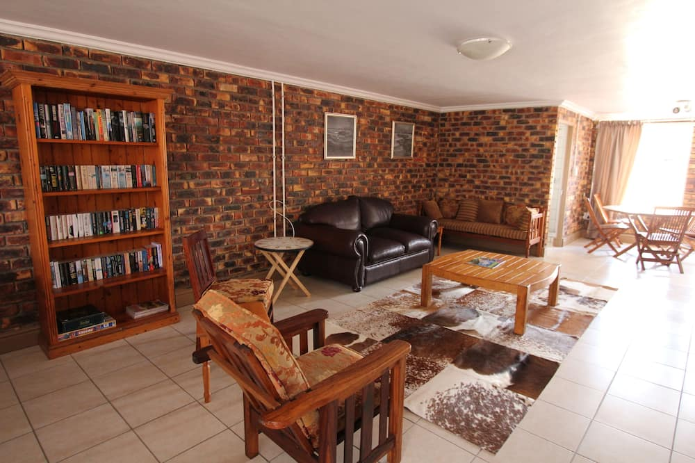 Classic Duplex, 2 Bedrooms - Living Area