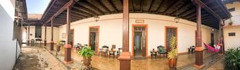 A(z) Hotel Villa de Flores hotel fényképe itt: Uruapan
