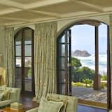 Room (Cliff Castle) - Living Room