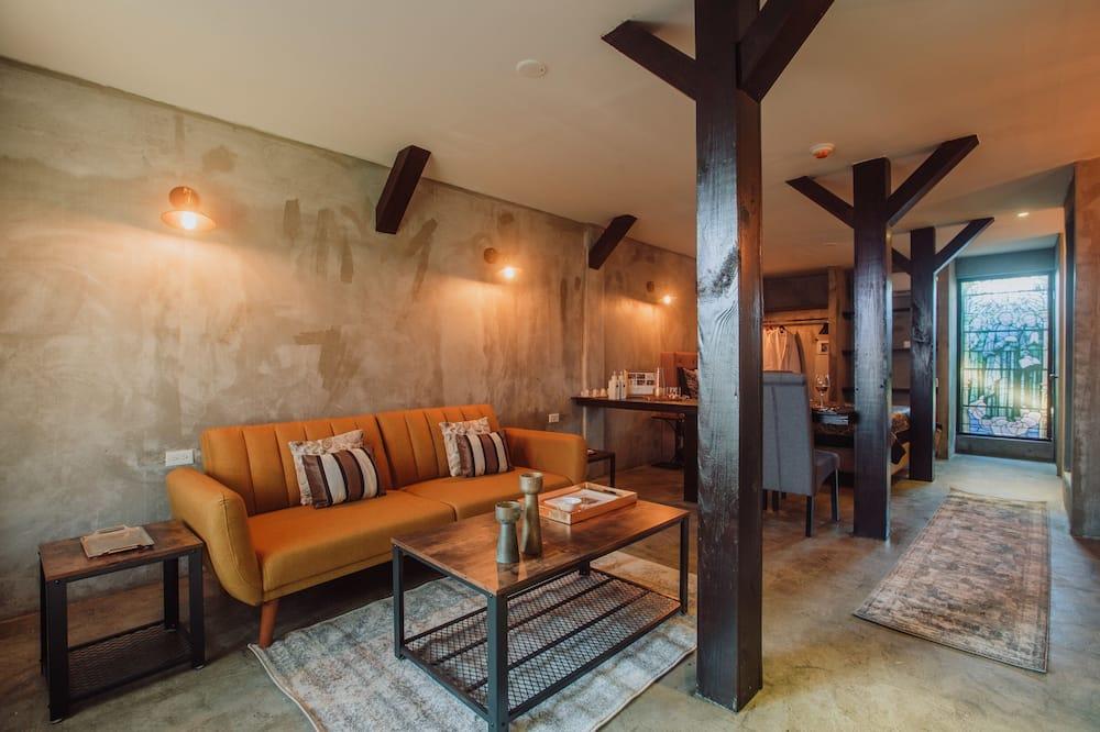 Deluxe Double Room, Terrace (Breakfast & Dinner included) - Area soggiorno