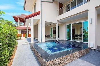 Picture of Park View Villas B - Private & Luxury in Bang Lamung
