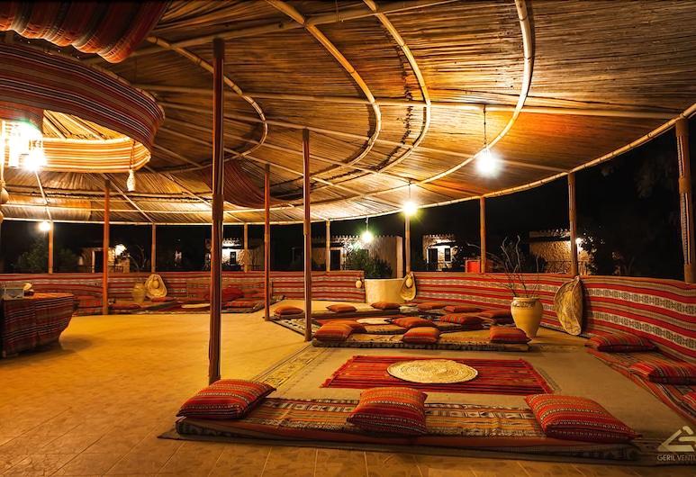 Sama Al Wasil Desert Camp, Bidiya, Terrace/Patio