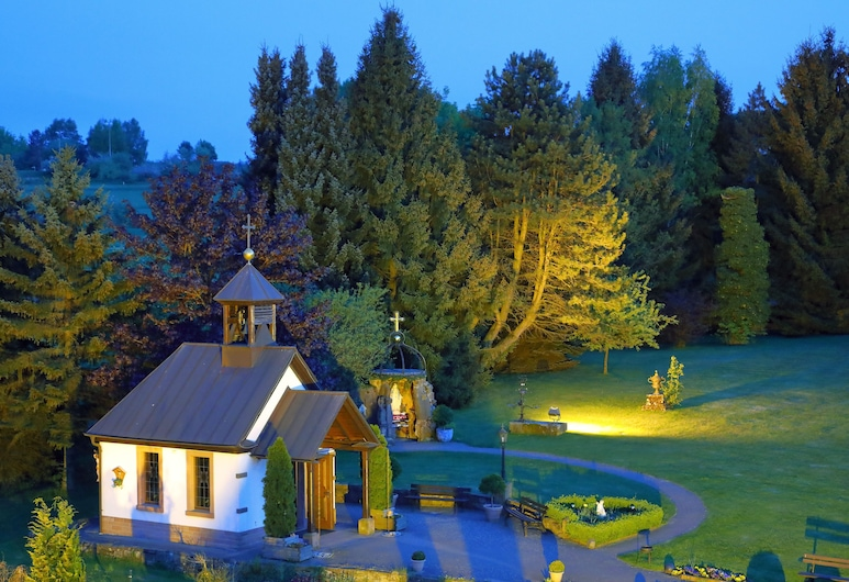 Best Western Hotel Brunnenhof, Weibersbrunn, Property Grounds