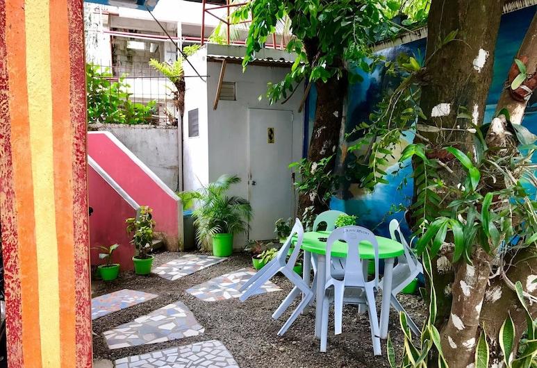 D7 Resort, Boracay Island