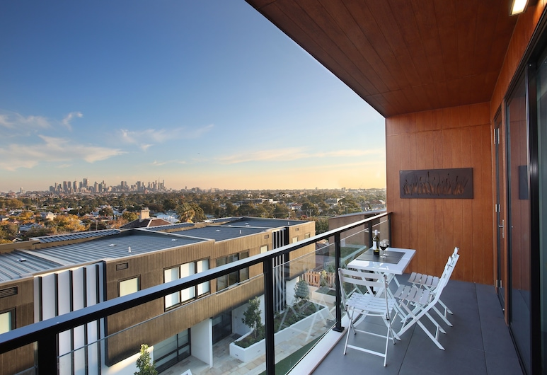 Northcote Hill - StayCentral, Northcote, Northcote Hill, 2-Bedroom Apartment, City View , Balcony