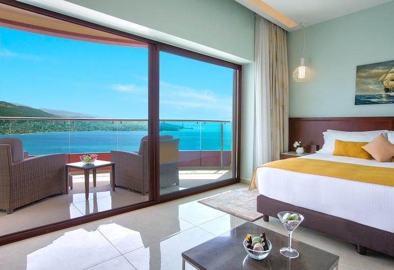 BURJ on BAY Hotel, Kfar Yassine, Executive Room, 1 King Bed, Pool Access, Guest Room