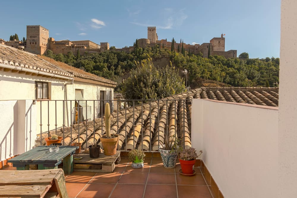 Apartment, 2 Bedrooms (Alhambra view) - Balcony