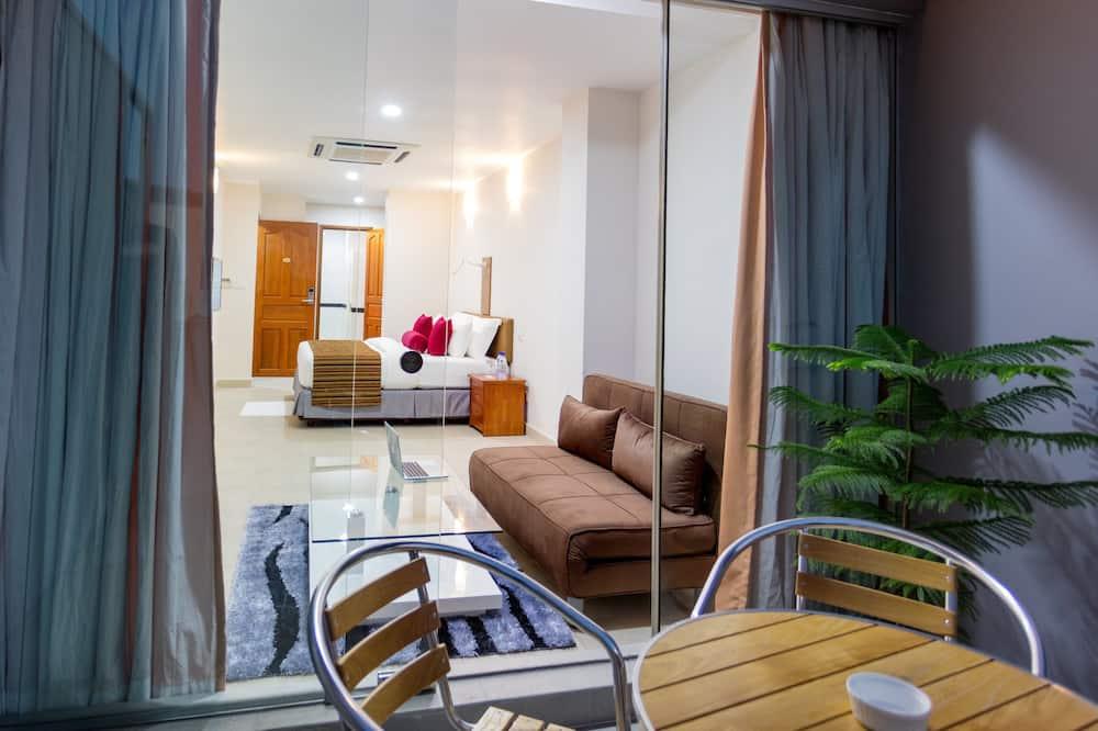 Habitación económica doble, 1 cama de matrimonio grande, balcón, vistas al mar - Imagen destacada