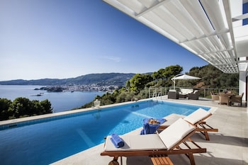 Picture of Magdani Villas in Skiathos