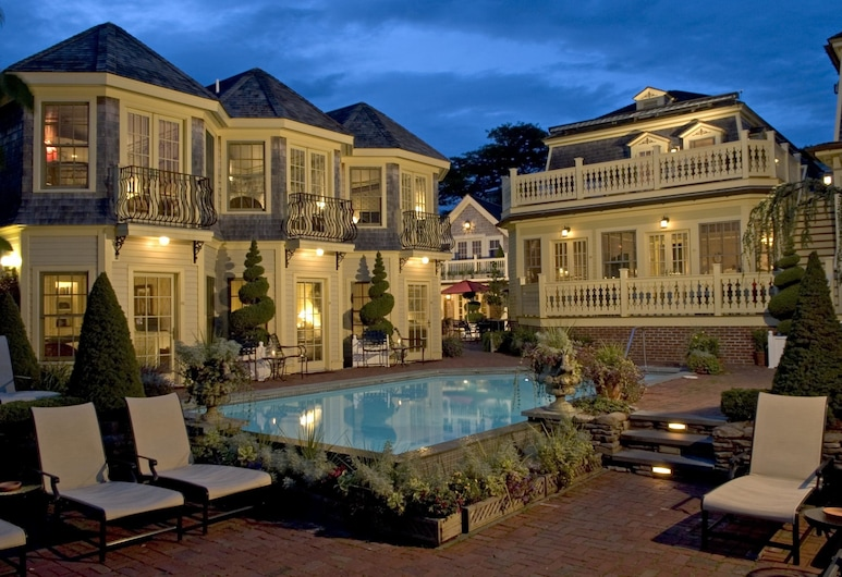 Brass Key Guesthouse - Adults Only, Provincetown