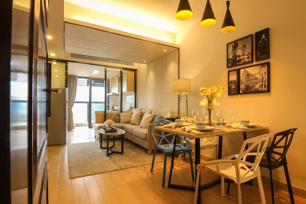 Premium Executive Suite, 2 Bedrooms - Living Area