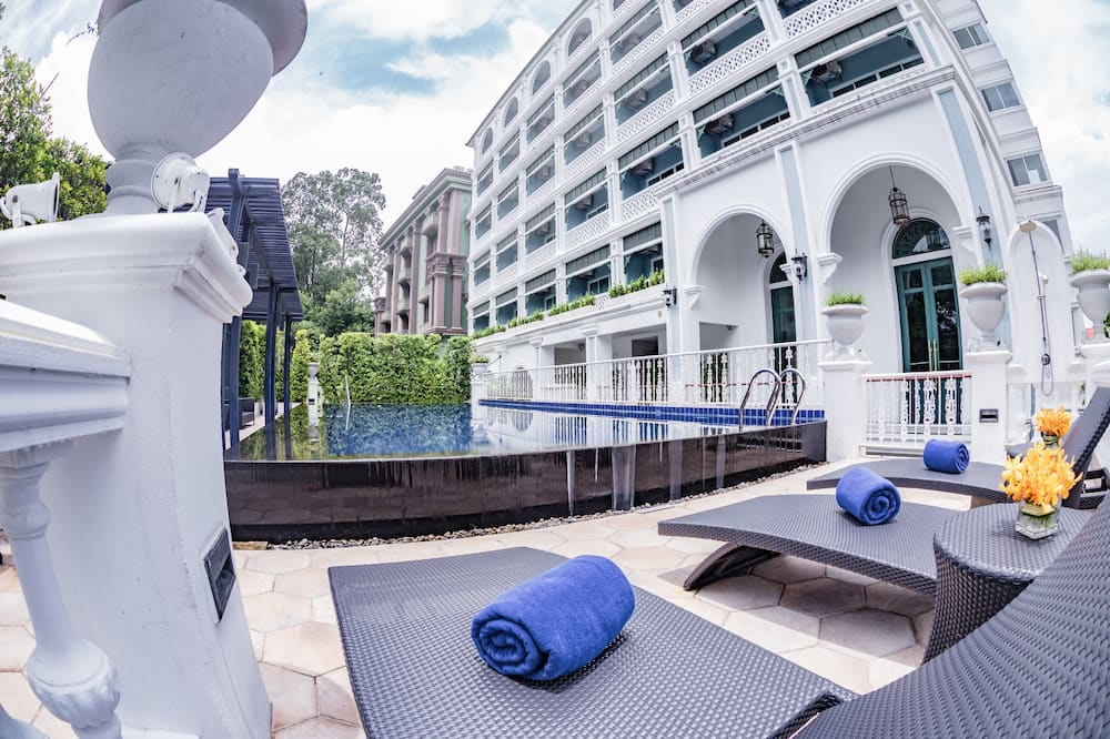 Grand Double or Twin Room - Terrace/Patio
