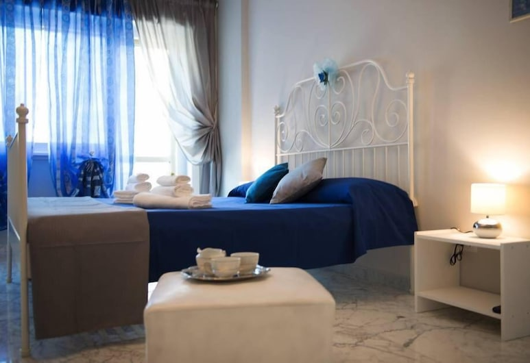Authentic Sweet Home, Rome, Classic Double Room, Private Bathroom (External), Guest Room