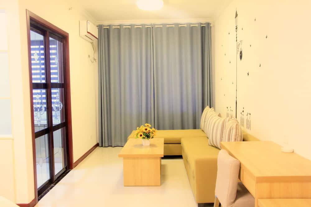 Standarta numurs, 1 divguļamā karalienes gulta, skats uz pilsētu - Dzīvojamā zona
