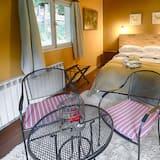 Superior Tek Büyük Yataklı Oda (Kantaka) - Bahçe Manzaralı