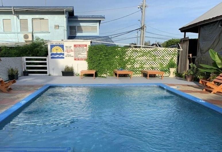 克魯克斯公寓, 王冠角, 室外游泳池