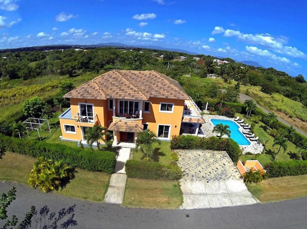 Luxury Villa Perfect For Large Families Sosua