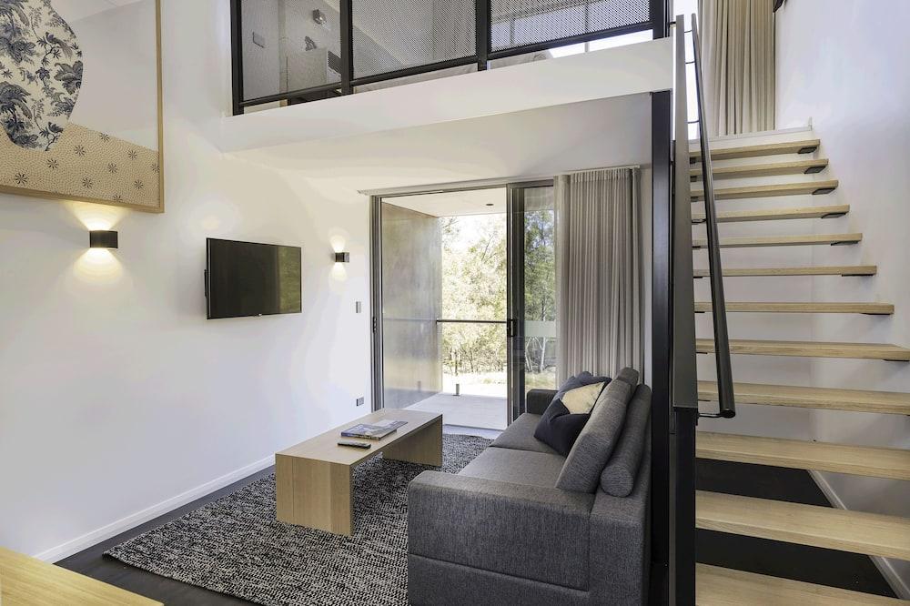 Номер-люкс із покращеним обслуговуванням, 1 ліжко «кінг-сайз», з балконом, з видом на річку - Житлова площа