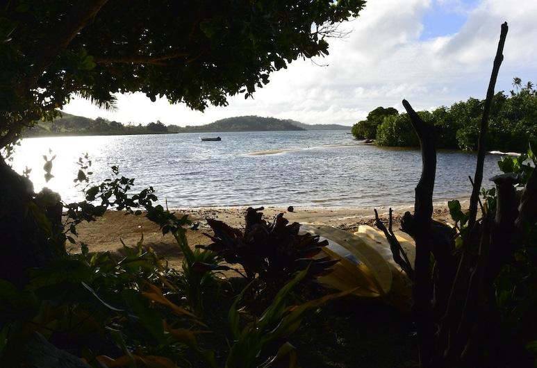 Waitui Basecamp - Hostel, Isla Matathawa, Playa