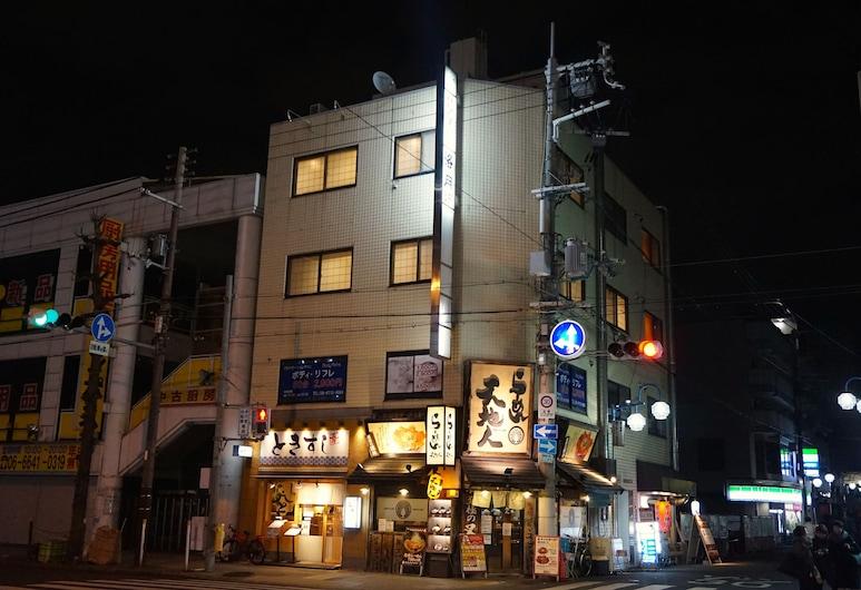 洛月青年旅舍, 大阪, 酒店入口 - 夜景