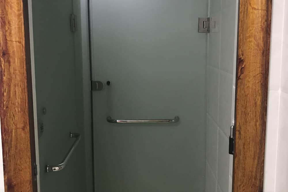 共同ドミトリー - バスルーム