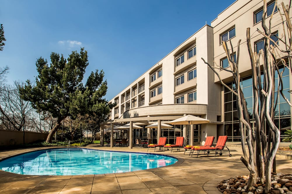 Standard Room (Surcharge) - Outdoor Pool