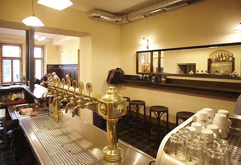 Hotelové pokoje Kolčavka, Praga, Bar do hotel