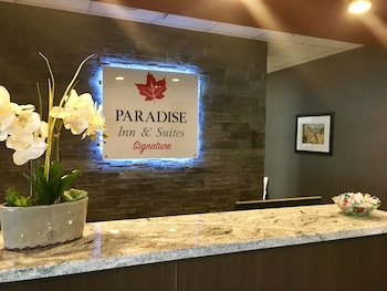Hình ảnh Paradise Inn and Suites Leduc/Edmonton International Airport tại Leduc