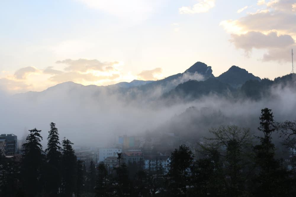 Deluxe Double or Twin Room - Pemandangan Gunung