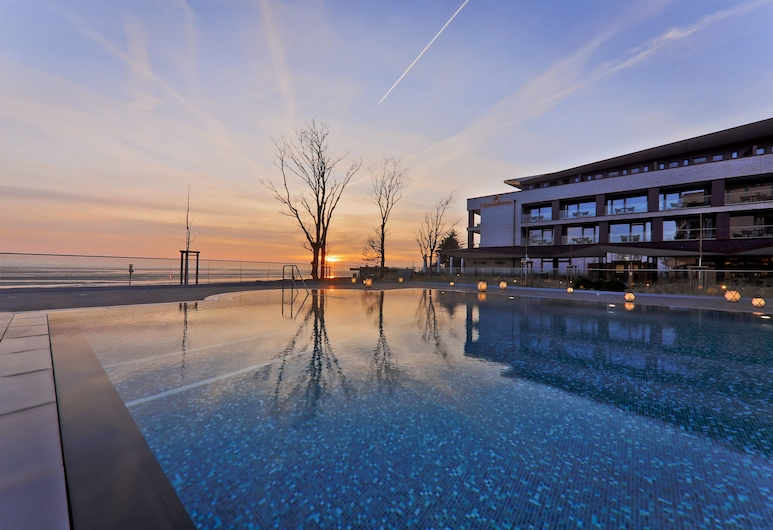 Upstalsboom Wellness Resort Südstrand, Wyk auf Föhr, Infinity Pool