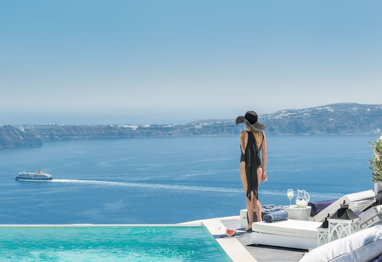 Mythical Blue Luxury Suites, Santorini