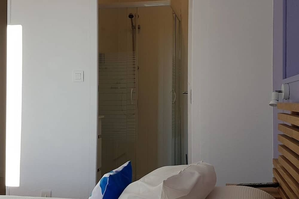 Standard Δίκλινο Δωμάτιο (Double ή Twin), Ιδιωτικό Μπάνιο (Balcon) - Μπάνιο