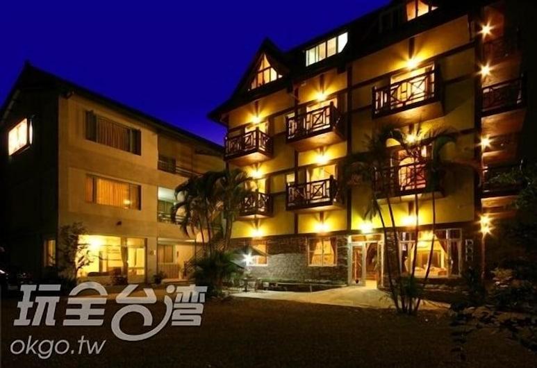 埔里シティ B&B (埔中城欧式古典民宿), 埔里, ホテルのフロント - 夕方 / 夜間