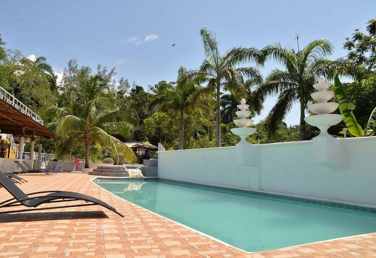 Chateau Margarite Hotel, Montego Bay, Utendørsbasseng