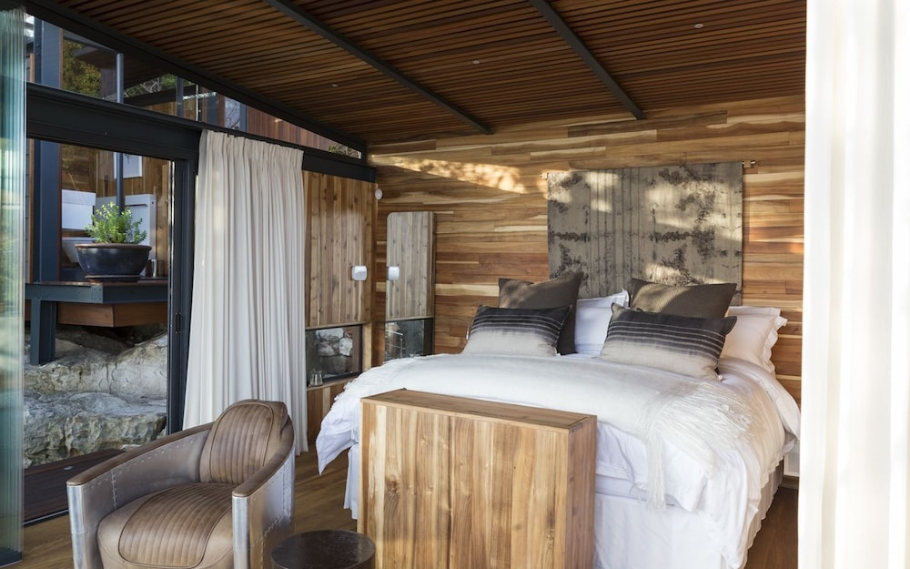 Book Synergy Treehouse Pty Ltd in Cape Town Hotelscom