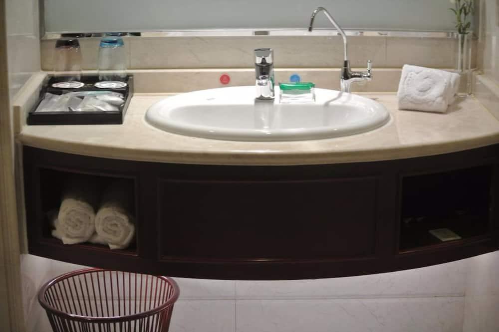 Suite ejecutiva - Lavabo en el baño